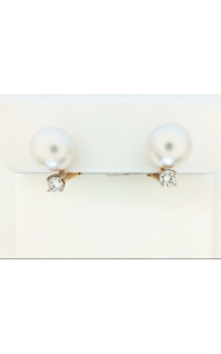 Pearl Earrings's image