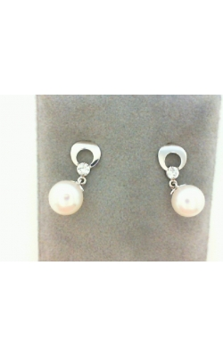 Gold Earrings's image