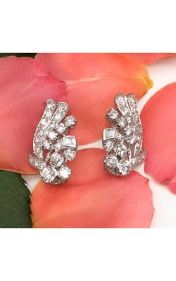 Antique Earrings's image