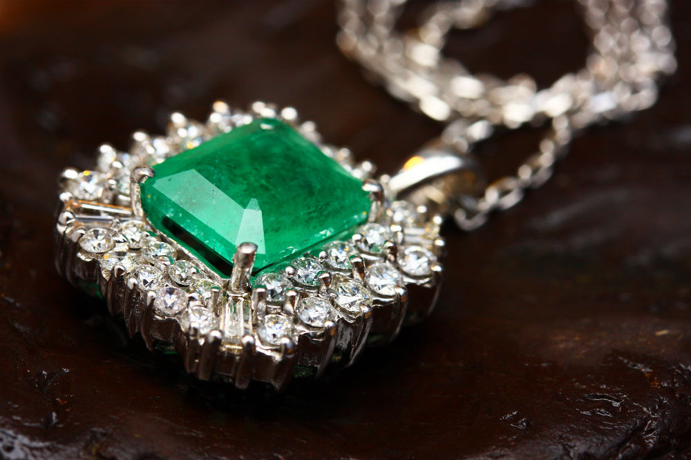 Vintage Jewelry at Good Old Gold Jewelers