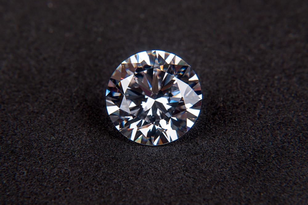 4 Parts of a Diamond You'll Want to Know Before You Visit a Jeweler