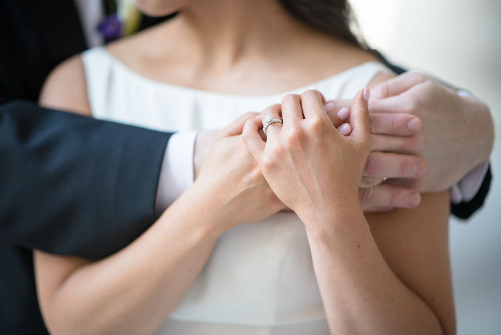 6 Simple Engagement Rings Understated Brides Will Love